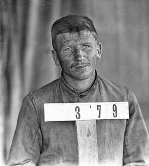 Paul Herbig was an internee at Holsworthy Internment Camp in NSW in 1914. NAA SP4214/1, 379.